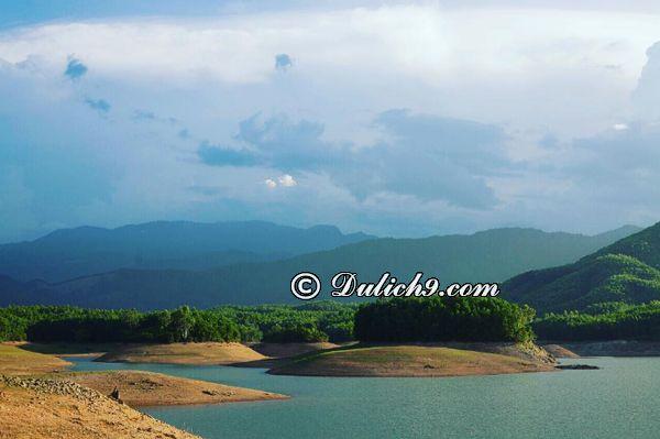 Đi đâu, chơi gì khi tới hồ Hoà Trung, Đà Nẵng? Du lịch hồ Hòa Trung có gì hấp dẫn, thú vị?