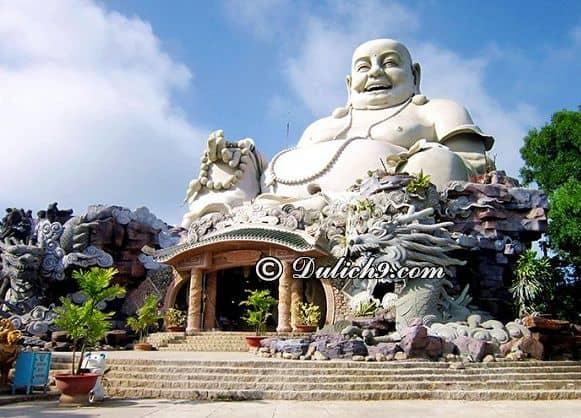 Núi Cấm - địa điểm không nên bỏ qua khi tới An Giang: Khu du lịch nổi tiếng, hấp dẫn nhất ở An Giang