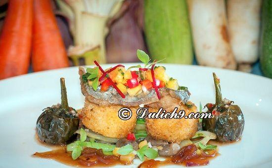 Damnak Lounge/ Địa chỉ ăn uống ngon, giá hợp lí ở Siem Riep: Nên ăn ở đâu khi du lịch Siem Riep?