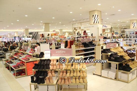 Đi Aeon Mall Long Biên mua sắm gì? Các gian hàng mua sắm nổi tiếng ở Aeon Mall Long Biên