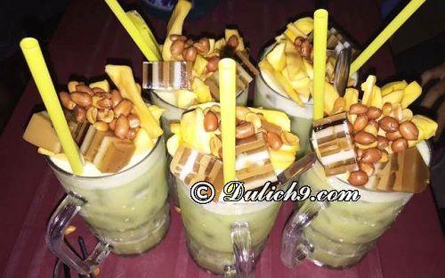 Phố mía, dừa - đường Quang Trung/ Quán ăn ngon giá rẻ ở Thái Bình: Thái Bình có quán ăn nào ngon, nổi tiếng?