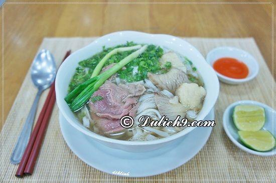 Phở bò/ món ăn đặc sản trứ danh Nam Định: Nên ăn món gì khi du lịch Nam Định?