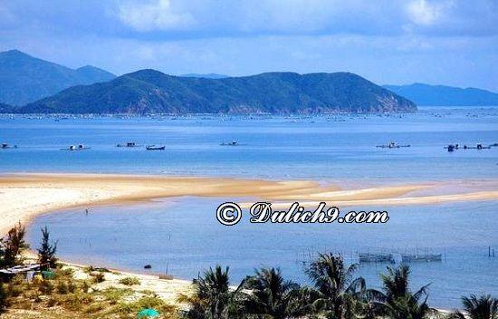 Những bãi biển đẹp, khu vui chơi giải trí ở Hà Tĩnh: Du lịch Hà Tĩnh nên đi đâu chơi, tham quan?