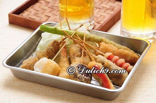 Món lăn bột xiên que/ món ăn đặc sản ở Osaka: Những món ẩm thực truyền thống độc đáo ở Osaka