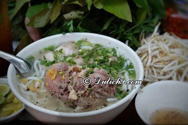 Kinh nghiệm du lịch Tây Ninh chi tiết từ a-z: Du lịch Tây Ninh nên ăn món gì?