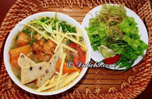 Quán bún chả cá Nguyễn Chí Thanh/ Quán ăn ngon nức tiếng ở quận Hải Châu Đà Nẵng.