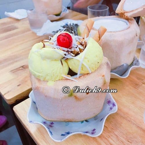 Những quán ăn vặt ngon nhất phố đi bộ Hà Nội