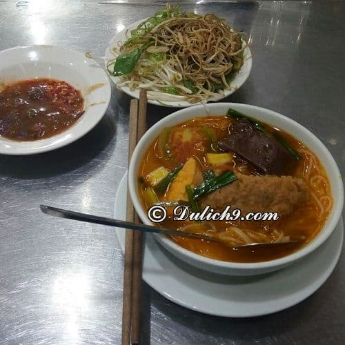 Bún riêu gánh/ quán ăn ngon quận 1 gần chợ Bến Thành