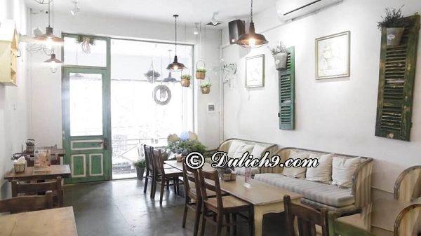 The Lissom Parlour Cafeteria & Bakery/ quán cafe sang chảnh ở phố đi bộ Hà Nội