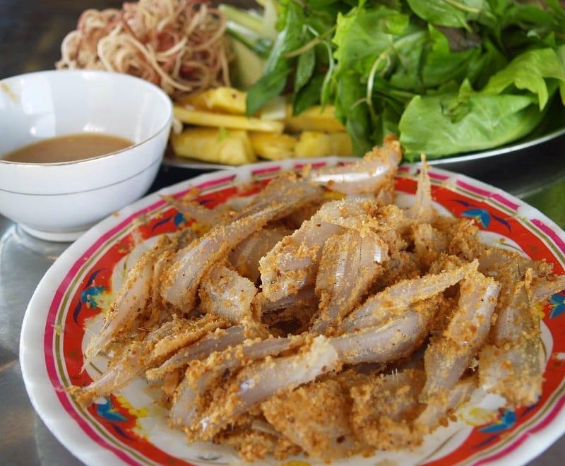 Các món ăn ngon ở Vũng Tàu. Đồ ăn Vũng Tàu. Gỏi cá mai