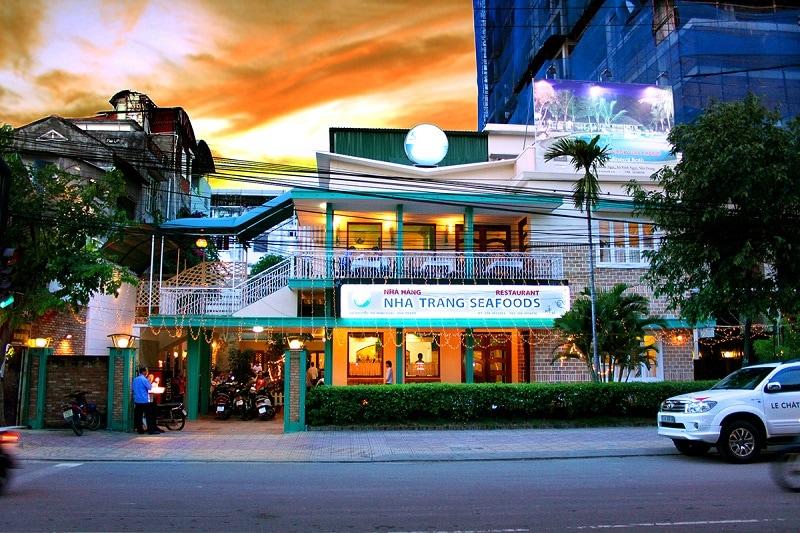 Nhà hàng hải sản ngon nổi tiếng ở Nha Trang: Ăn hải sản ở đâu Nha Trang ngon, giá rẻ nhất