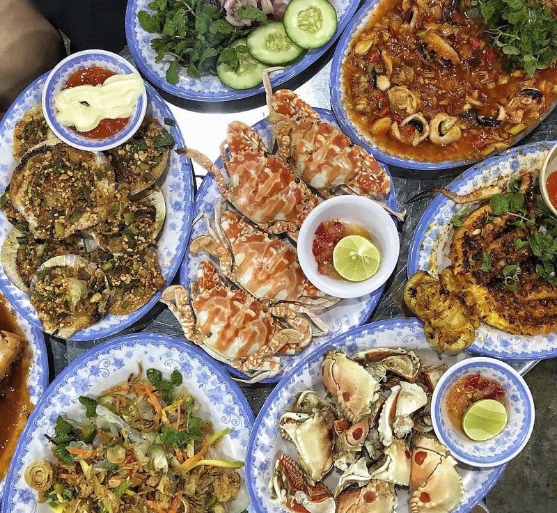 Quán hải sản ngon rẻ ở Đà Nẵng. Đà Nẵng có quán hải sản nào ngon? Năm Đảnh