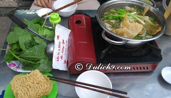 Lẩu bò A Khén/ Quán ăn ngon nổi tiếng, hút khách tại Quận 3. Quận 3, Sài Gòn có quán ăn nào ngon, giá rẻ?