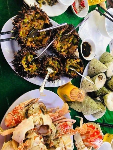 Ăn gì khi du lịch Đà Nẵng? Món ăn đặc sản ngon, nổi tiếng ở Đà Nẵng