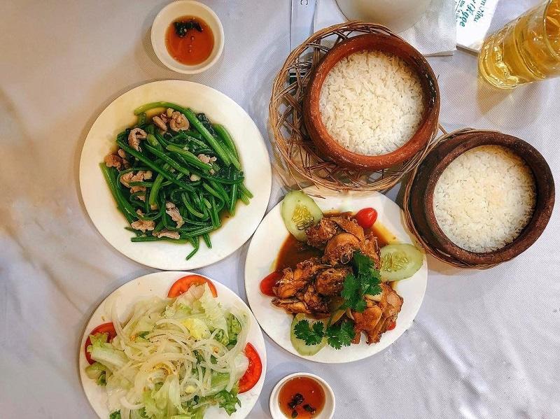 Quán ăn đêm ở Đà Lạt
