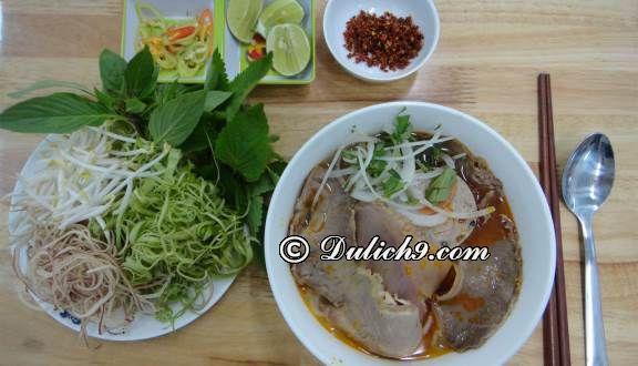 Địa chỉ ăn vặt ngon rẻ tại Quận Thanh Xuân. Địa điểm ăn vặt ngon, nổi tiếng ở quận Thanh Xuân Hà Nội