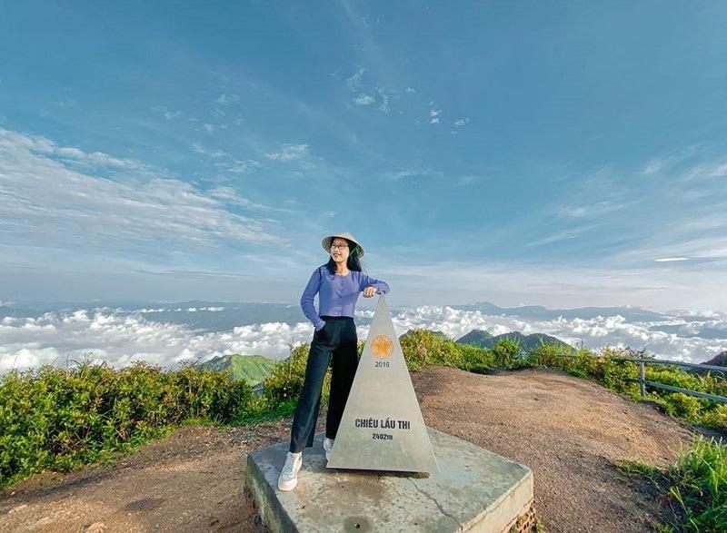 Đỉnh Chiêu Lầu Thi, một trong những địa điểm du lịch đẹp ở Hà Giang