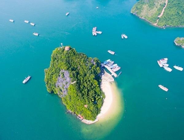 Các địa điểm du lịch Hạ Long nổi tiếng. Nên đi đâu chơi ở Hạ Long? Đảo Ti Tốp