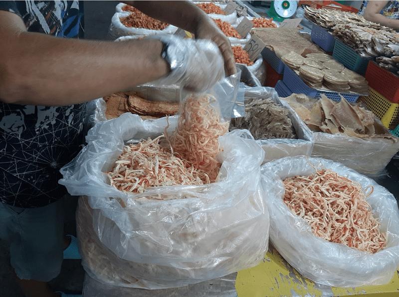 Đặc sản khô Phú Quốc làm quà. Nên mua quà gì khi du lịch Phú Quốc
