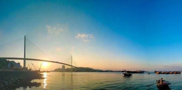 Địa điểm du lịch ở Hạ Long nổi tiếng nhất: Du lịch Hạ Long nên đi đâu chơi? Bãi Cháy