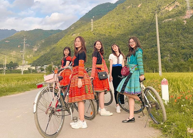 Kinh nghiệm du lịch Mai Châu, nên du lịch Mai Châu khi nào?