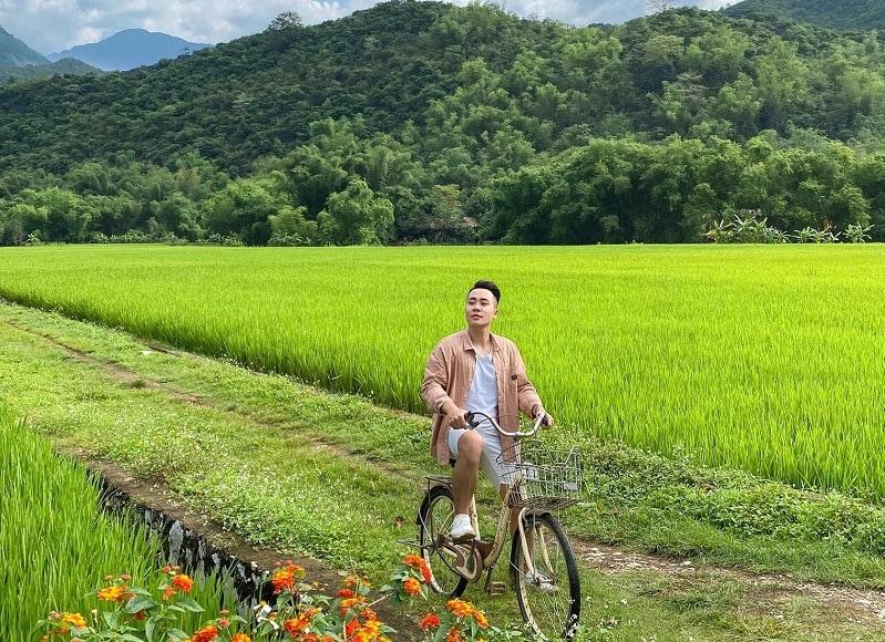 Kinh nghiệm du lịch Mai Châu, thuê xe đạp ở Mai Châu