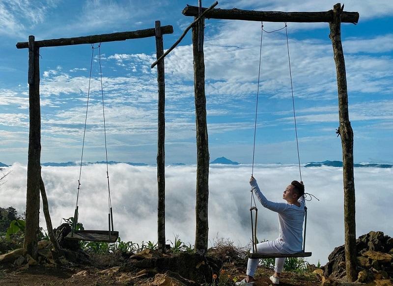 Du lịch Mai Châu nên đi đâu, săn mây ở hang Kia