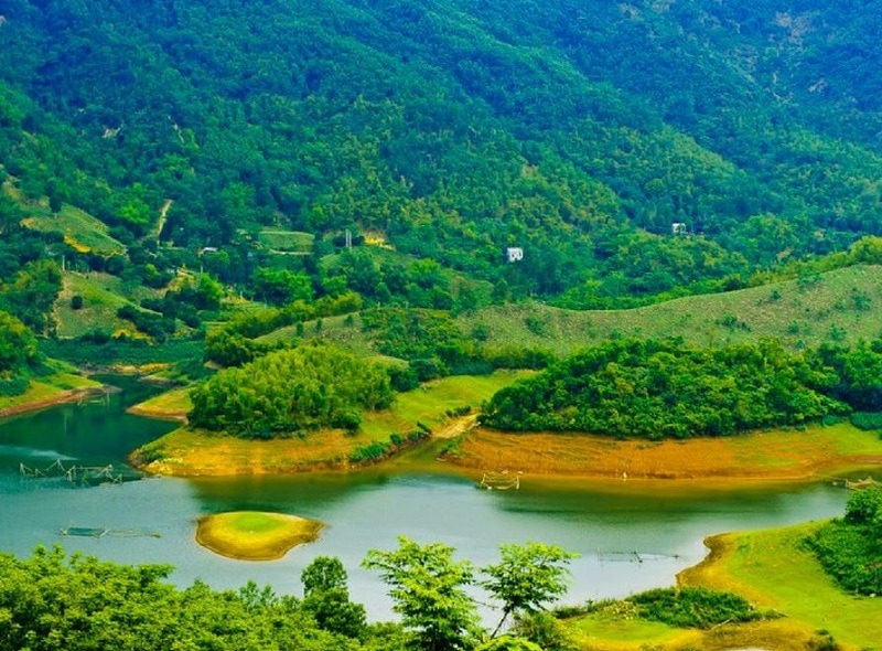 Du lịch Thung Nai có gì đẹp? Vẻ đẹp của Thung Nai