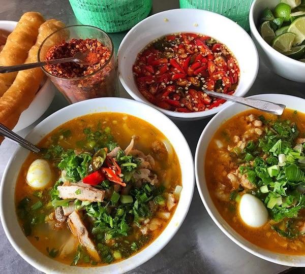 Món ăn ngon, nổi tiếng ở Đà Nẵng. Vào Đà Nẵng ăn gì? Bánh canh