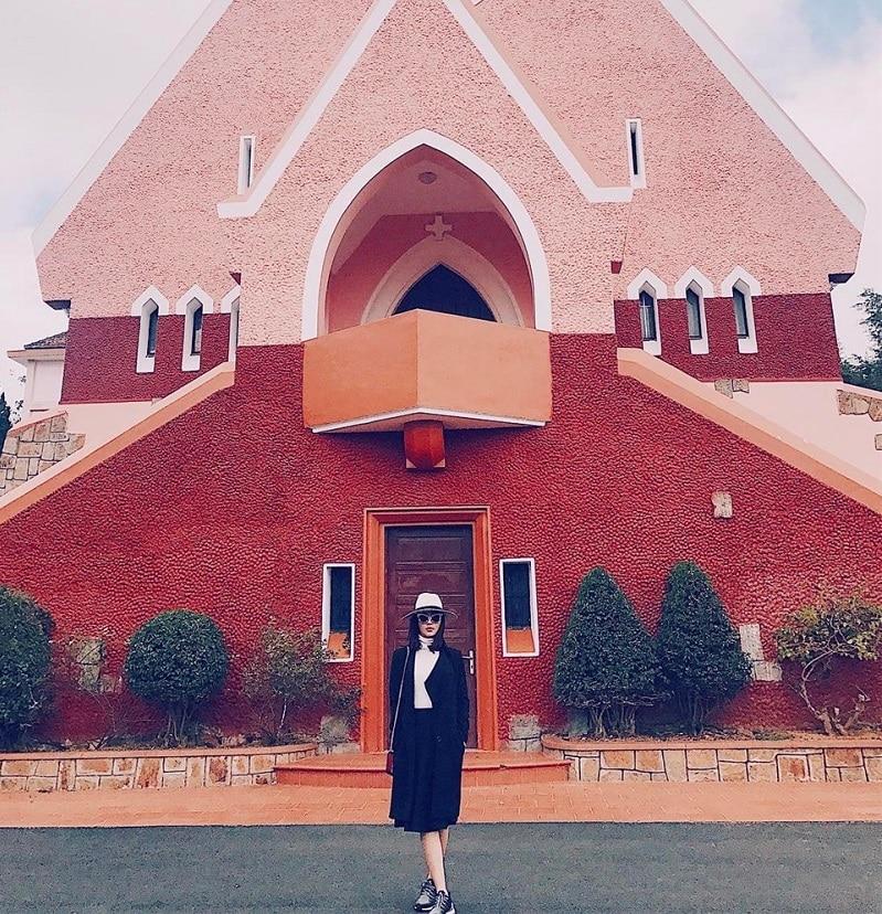 Nhà thờDomaine de Marie - Địa điểm du lịch nổi tiếng ở Đà Lạt