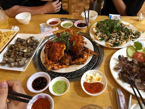 Ăn gì, ở đâu ngon khi du lịch Nha Trang/ Món ăn đặc sản, địa chỉ ngon rẻ tại Nha Trang