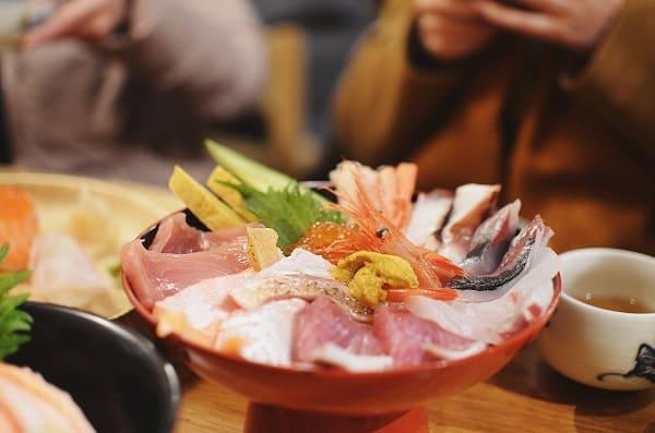 Địa chỉ quán ăn ngon, giá rẻ ở Nhật Bản