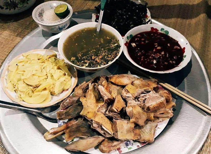 Kinh nghiệm du lịch Pù Luông, ăn gì ở Pù Luông?