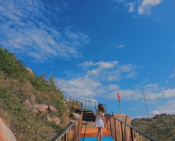Kinh nghiệm du lịch đảo Bình Hưng chi tiết. Du lịch đảo Bình Hưng khi nào, nên đi đâu chơi?