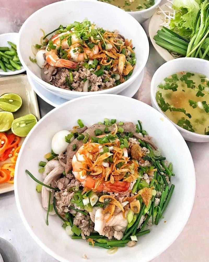 Hủ tiếu - Du lịch Sài Gòn ăn hủ tiếu dê ở đâu ngon, rẻ?