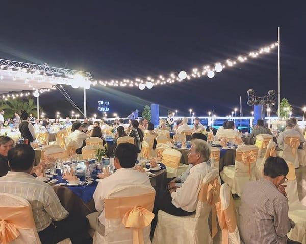 Resort tổ chức tiệc cưới bãi biển đẹp nhất Mũi Né: Tổ chức đám cưới bãi biển ở đâu đẹp nhất Mũi Né?
