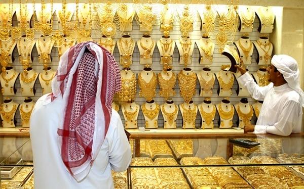 Chợ Gold Souk chứa khoảng 10 tấn vàng