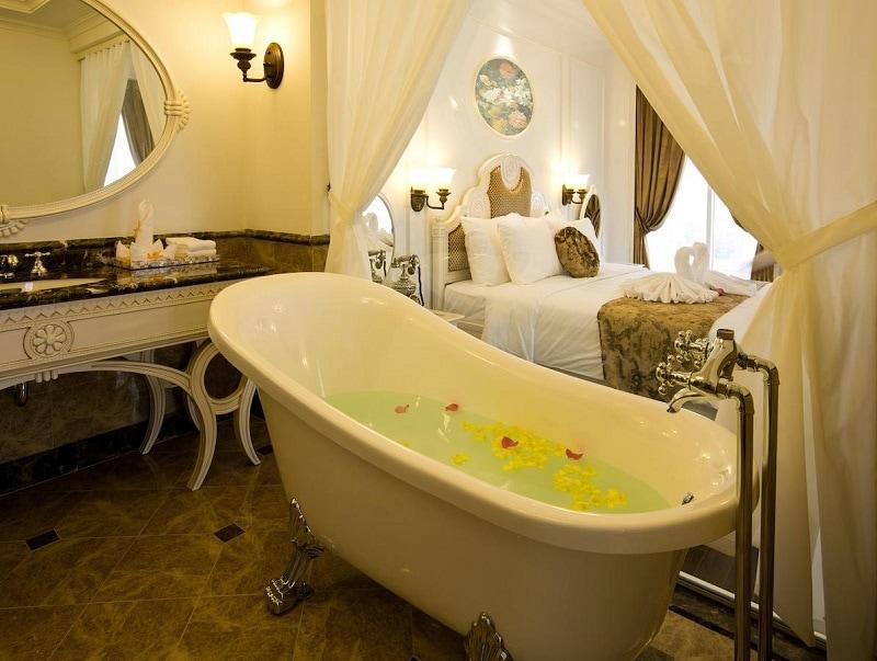 Khách sạn đẹp ở gần sông Hương đẹp