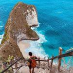"""""""Sống lưng khủng long"""" ở bãi biển Kelingking, đảo Nusa Penida"""