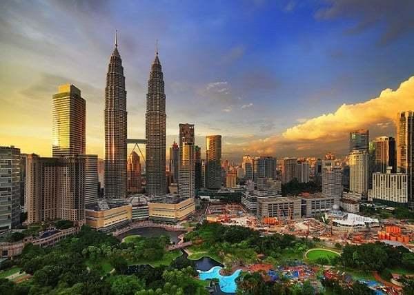 Mức thuế phải đóng sau khi xuất cảnh Malaysia bao nhiêu?