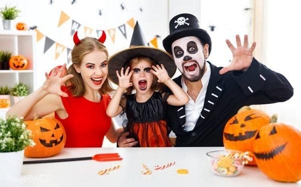 Lễ hội Halloween được tổ chức vào ngày mấy?