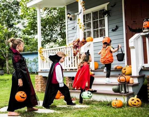 Các tập tục trong lễ hội Halloween