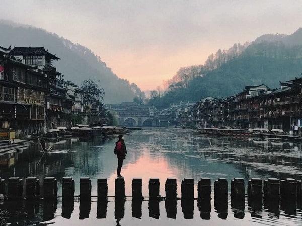 Nên du lịch Phượng Hoàng Cổ Trấn mùa nào đẹp?