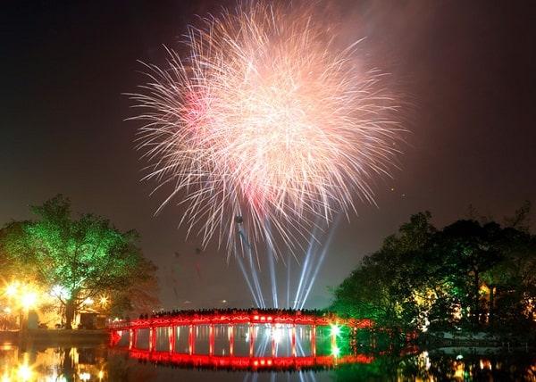 Địa điểm bắn pháo hoa ở Hà Nội dịp Tết Nguyên Đán 2020, khu vực Hồ Gươm