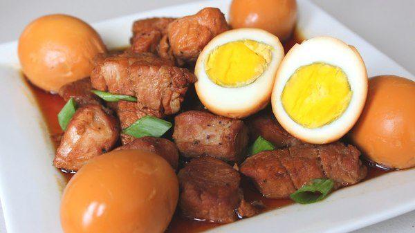 Những món ăn truyền thống ngày Tết ở miền Nam