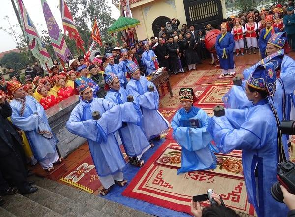 Hội Lim được tổ chức vào ngày nào?