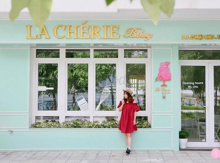 La Chérie - quán cafe hút khách nhất ở Hồ Tây