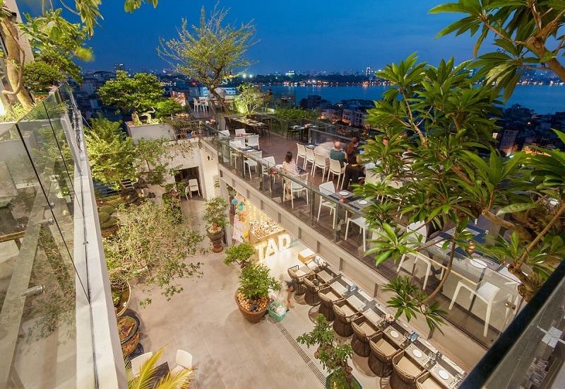 Quán cafe trên cao ở Hà Nội có view Hồ Tây, 6 Degrees Cafe