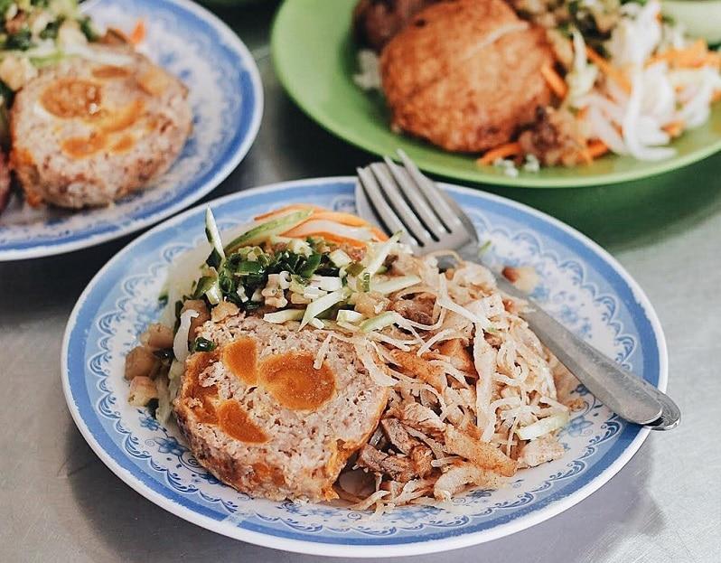 Quán cơm tấm ngon nhất Sài thành - Cơm tấm bà Ròm