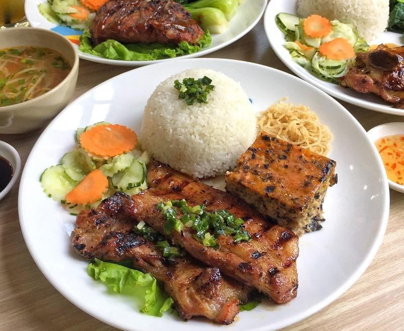 Quán cơm tấm ngon nhất Sài thành - Cơm tấm cốt dừa